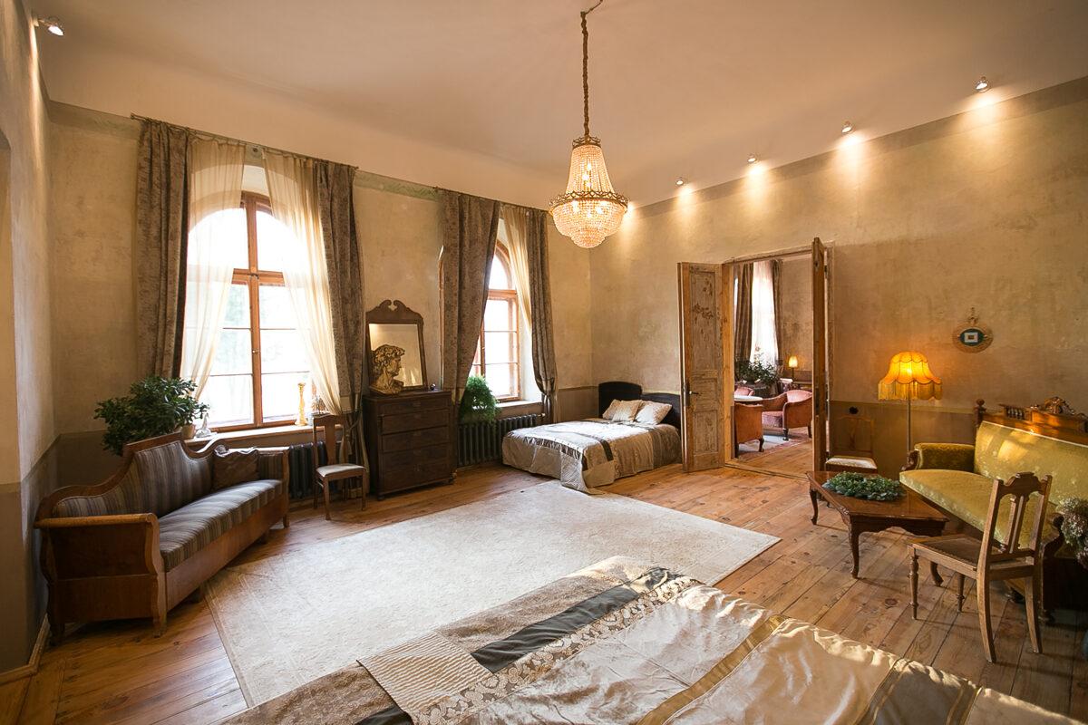 Cēzara istaba